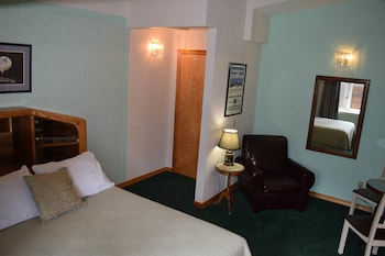 Picture of Alaska House of Jade Bed and Breakfast in Anchorage
