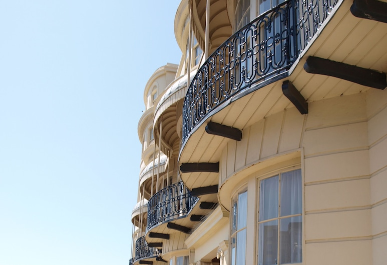 The Beach Hotel, Brighton, Hotellets front