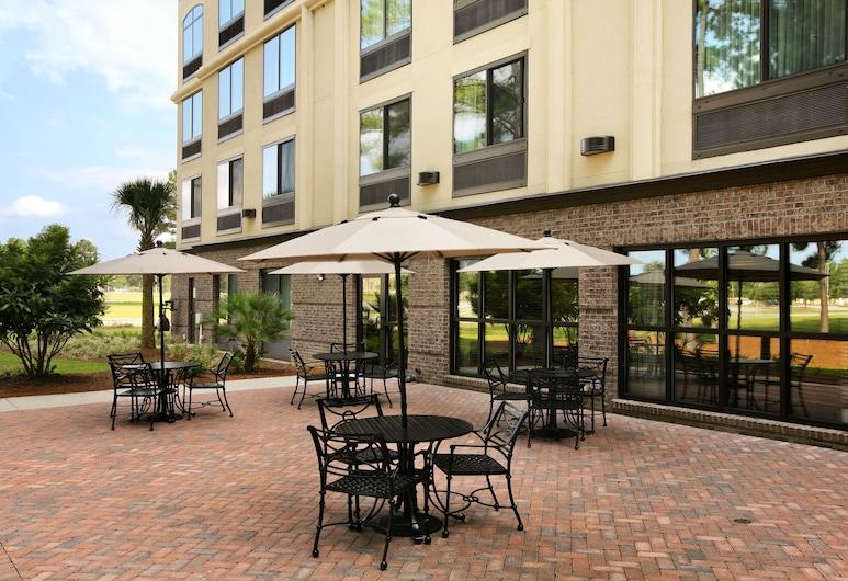 Wingate By Wyndham Charleston, North Charleston, Terrasse/veranda