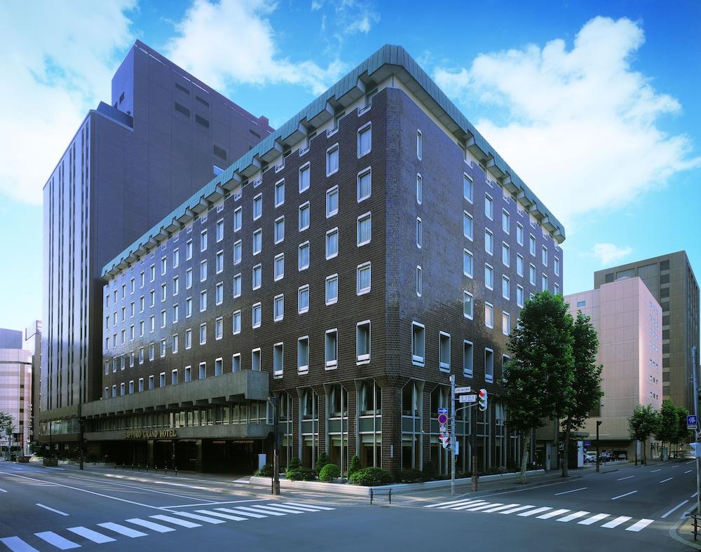 Soro Grand Hotel Exterior
