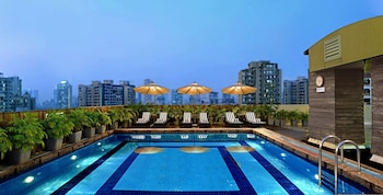 Enter your dates for special Mumbai last minute prices