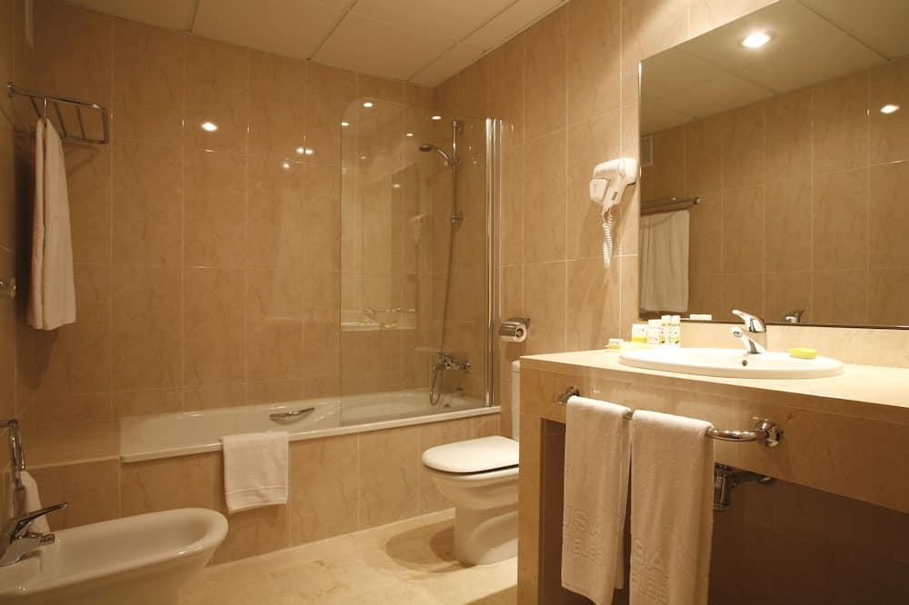 Chambre Double, vue ville - Salle de bain