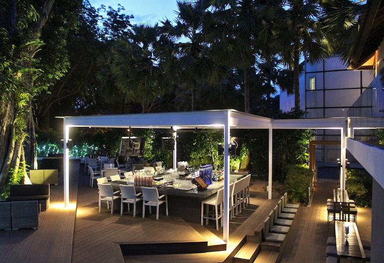 Amara Sanctuary Resort Sentosa, Singapore, Hotel Bar