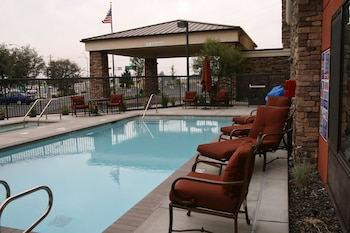 Picture of Hampton Inn & Suites Roseville in Roseville