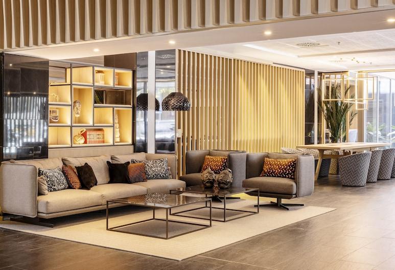 Hotel ILUNION Barcelona, Barcelona, Priestory na sedenie v hale