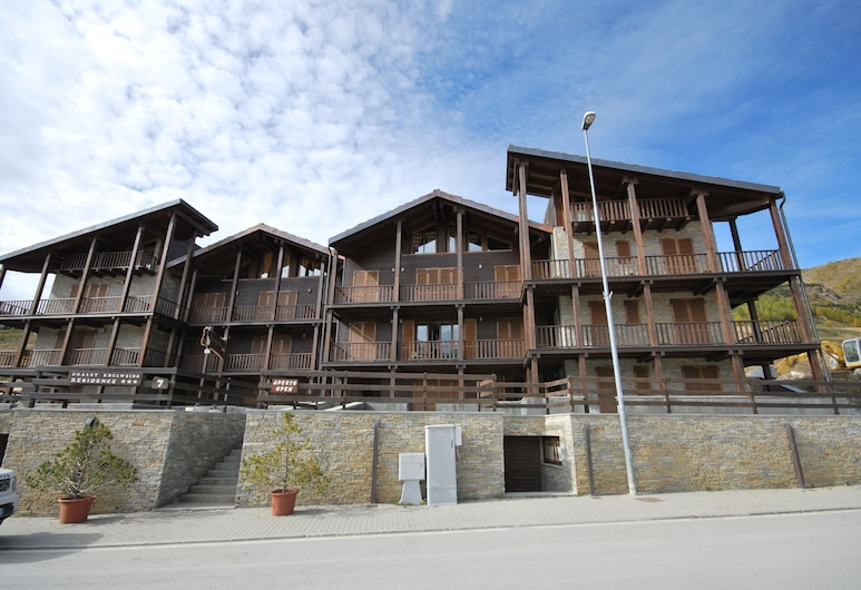 Chalet Edelweiss, Sestriere, Front of property