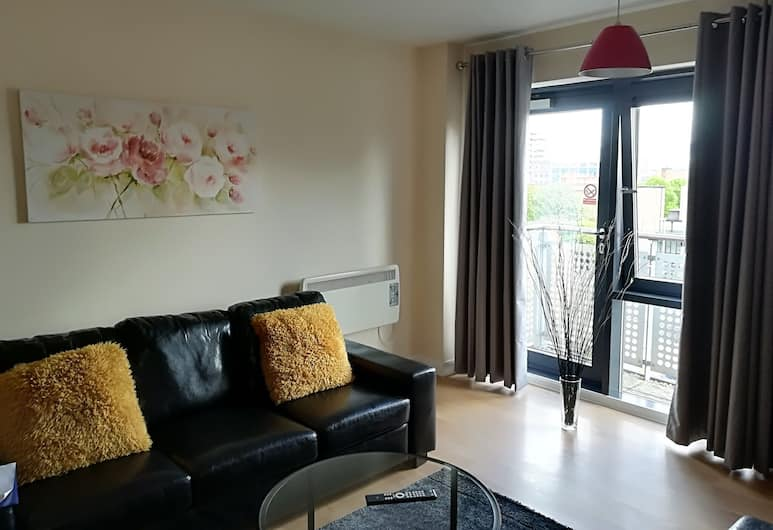 Quality City Apartments, Leicester, Apartment, 2 Bedrooms (Large), Living Area
