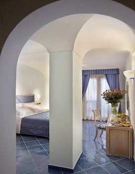 Picture of Aragona Palace Hotel & Spa in Ischia