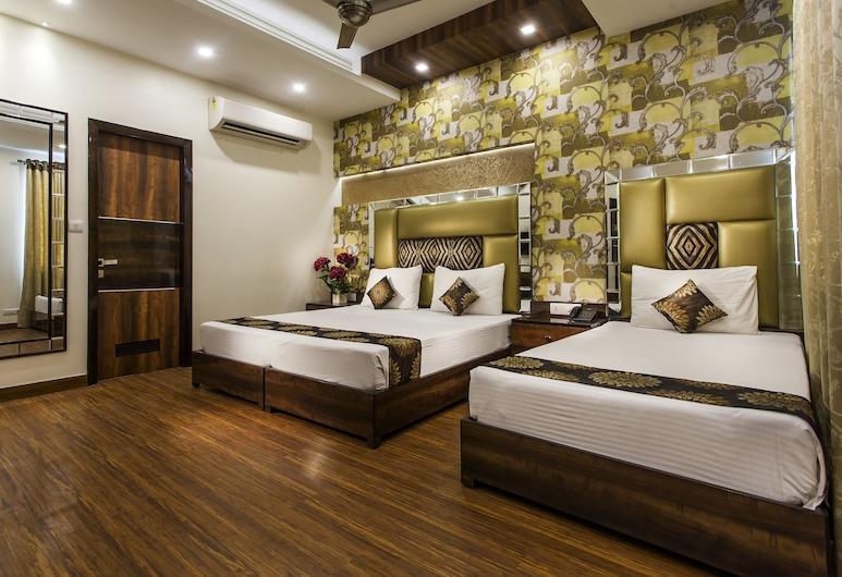 Hotel Sunstar Heritage, New Delhi, Executive driepersoonskamer, Meerdere bedden, Kamer