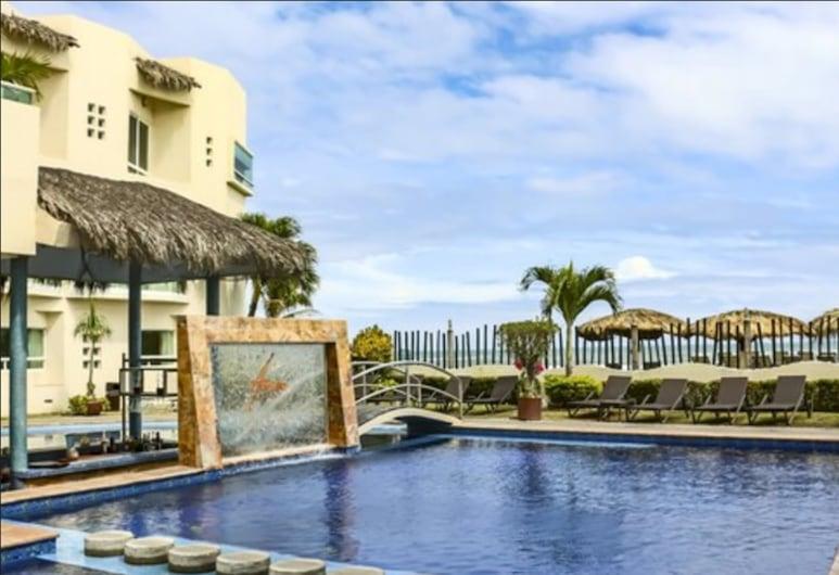 Artisan Family Hotels And Resorts Playa Esmeralda, Урсуло-Гальван, Басейн