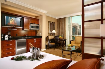 Las Vegas bölgesindeki Luxury Suites International At The Signature resmi