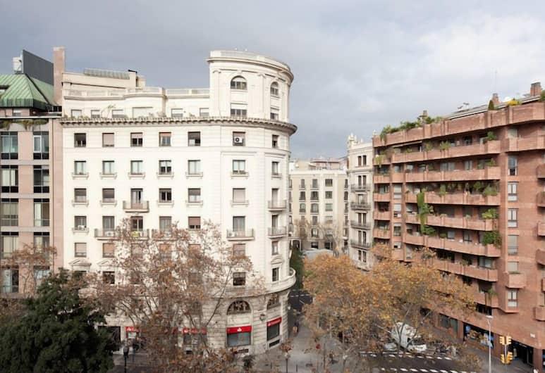 Hostal Felipe II, Barcelona, Exterior