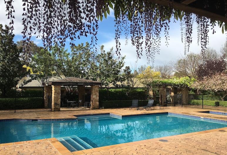 獵人谷花園美居酒店渡假村, 波高爾賓, 泳池