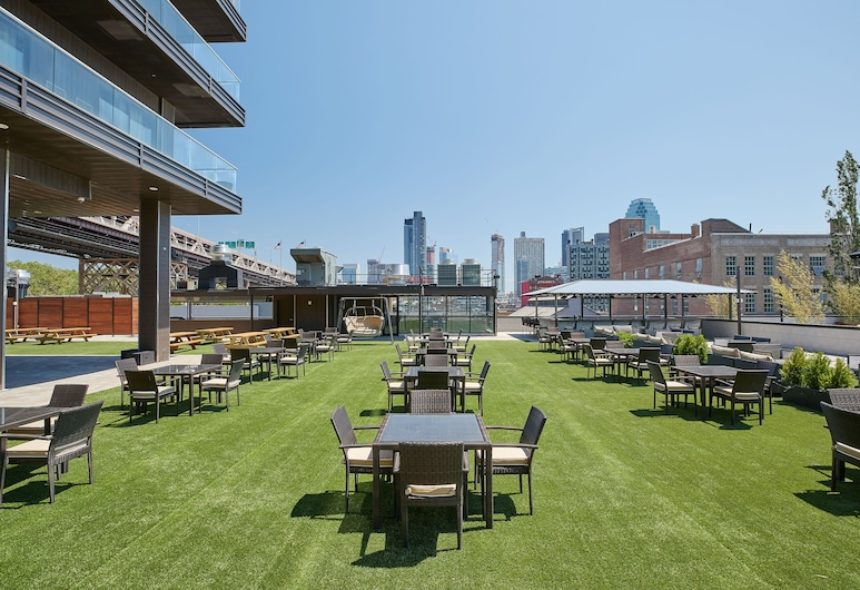 Ravel Hotel Trademark Collection by Wyndham, Long Island City, Property Grounds