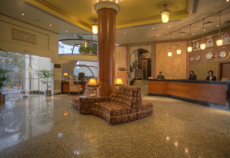 阿爾迪阿首都大酒店, 阿布達比