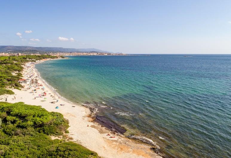رينا هوتل, ألجيرو, الشاطئ