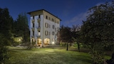 Choose This 3 Star Hotel In Stresa