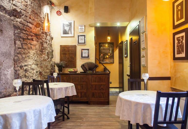 Tango House Bed & Breakfast, Krakow