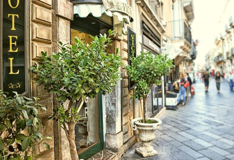 Hotel Victoria, Taormina, Hotel Entrance