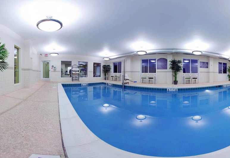 Holiday Inn Express Hotel & Suites Vestal, an IHG Hotel, Vestal, Indoor Pool