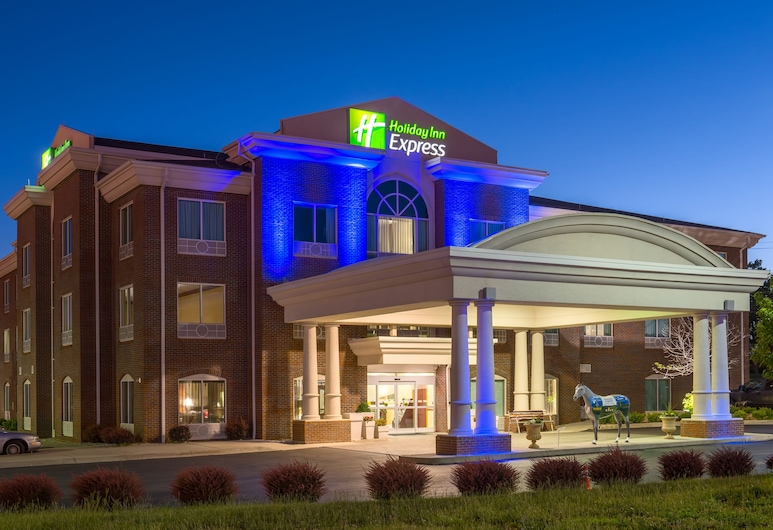Holiday Inn Express & Suites Lexington Dtwn Area-Keenland, Lexington, Exterior