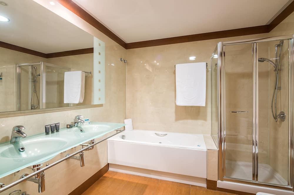 Pokoj typu Superior, dvojlůžko (200 cm), nekuřácký - Koupelna