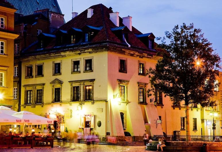 Castle Inn, Βαρσοβία