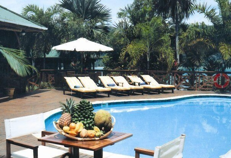 Le Jardin Des Palmes, Mahe Island, Outdoor Pool