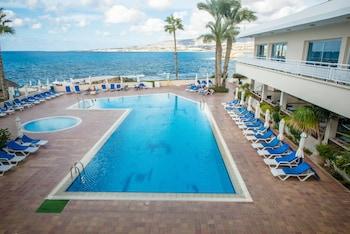 Picture of Cynthiana Beach Hotel in Kissonerga
