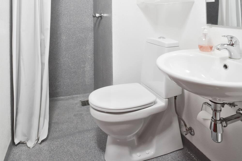 Quadruple Room - Family - Fürdőszoba