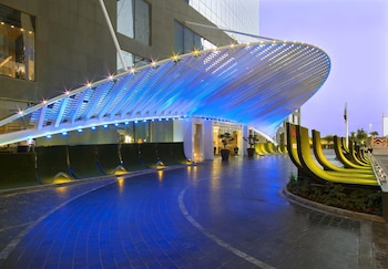 Picture of W Doha Hotel & Residences in Doha
