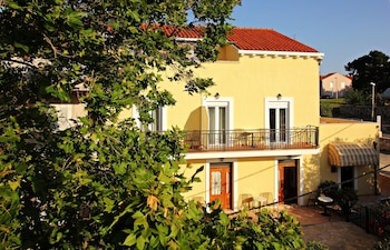 Picture of Bacan Serviced Apartments in Konavle