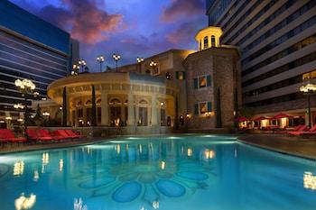 Picture of Peppermill Resort Spa Casino in Reno