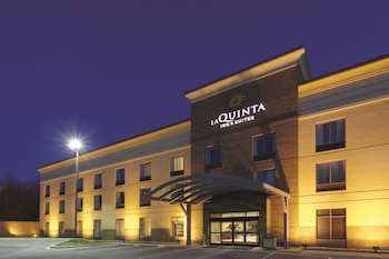 Picture of La Quinta Inn & Suites Edgewood / Aberdeen-South in Edgewood