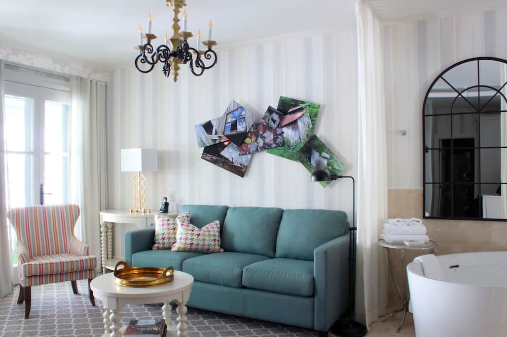 Suite (Bellechasse) - Living Area