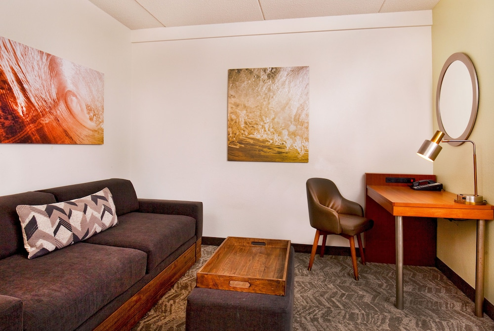 Book SpringHill Suites by Marriott Chesapeake Greenbrier in ...