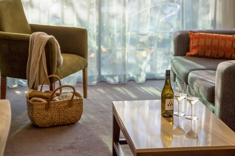 Suite, 1 Bedroom (Spa Suite) - Living Area