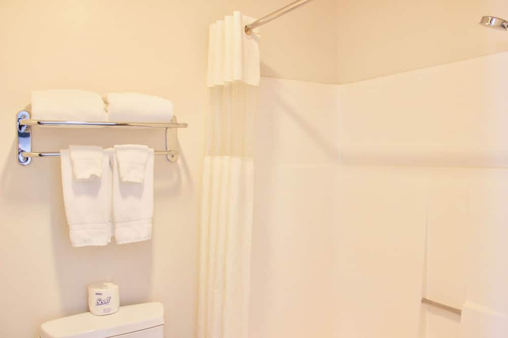 חדר סטנדרט, 2 מיטות קווין - חדר רחצה