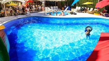 在阿卡波可的金沙阿卡普尔科平房酒店照片