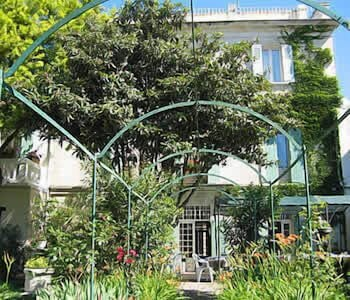 Picture of Au Saint Roch - Hotel et Jardin in Avignon