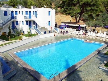 Picture of Cascade Holiday Resort in Poros