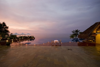 Picture of Eskaya Beach Resort and Spa in Panglao