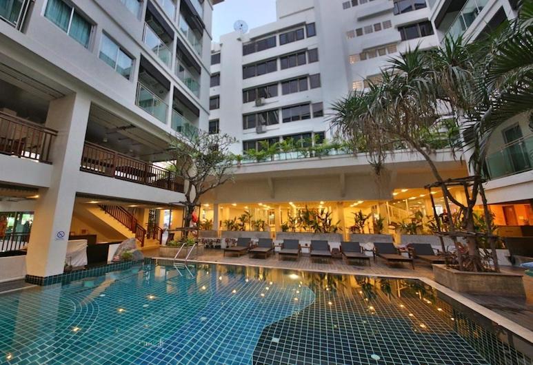 Sunshine Hotel And Residences, Pattaya, Bazén