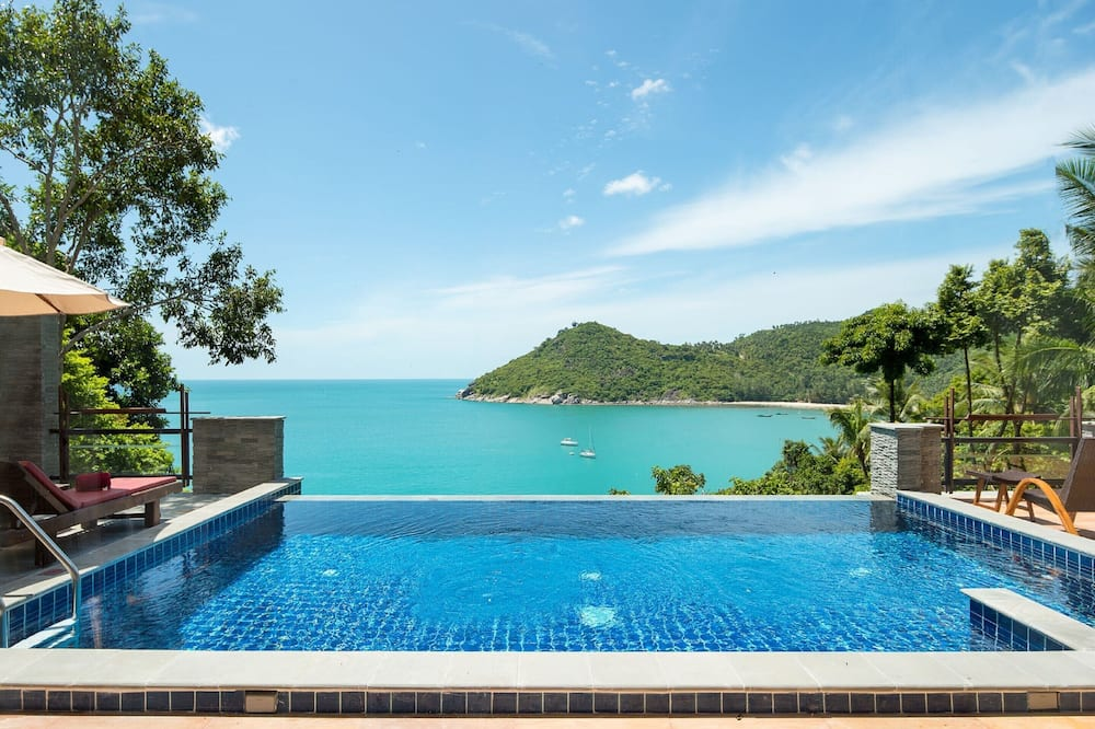 Executive Pool Suite, Sea View - Guest Room View