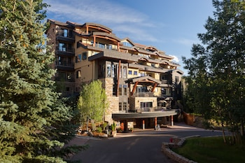 Enter your dates for our Telluride last minute prices