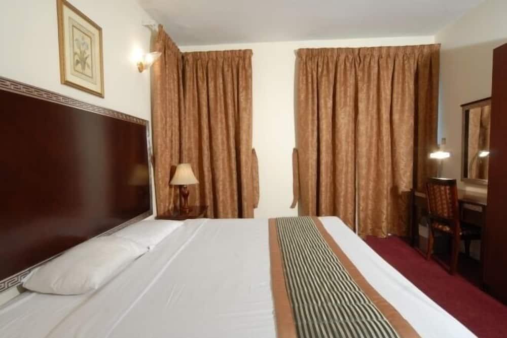Deluxe Apartment, 2 Bedrooms - Room