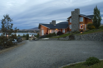 Picture of Blanca Patagonia Boutique Inn and Cabins in El Calafate