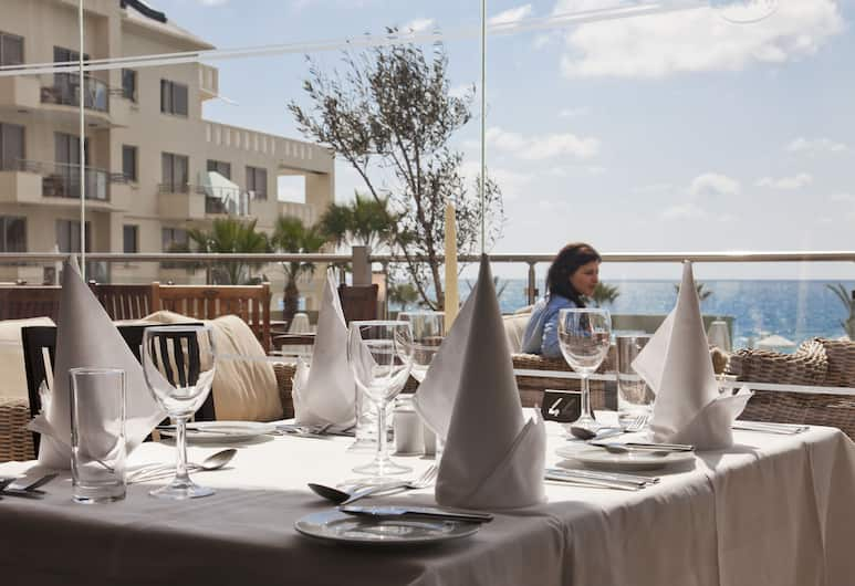 Capital Coast Resort & Spa, Paphos, Dining