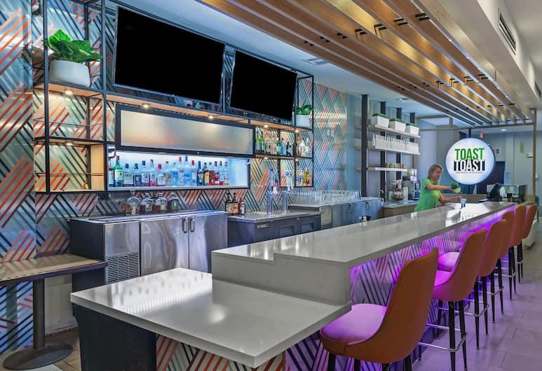 Holiday Inn McKinney - Fairview, McKinney, Bar do hotel