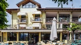 Pettenasco hotels,Pettenasco accommodatie, online Pettenasco hotel-reserveringen